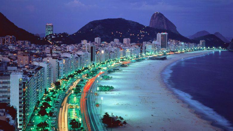 copacabana-beach-at-rio-de-janeiro-brazil-1-780x440